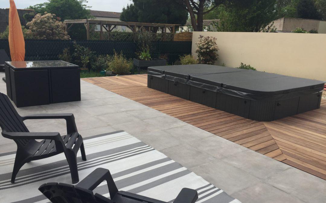 Pose d'une terrasse carrelée et terrasse bois